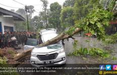 Puting Beliung Bogor: Bu Enny Meninggal dalam Keadaan Puasa - JPNN.com