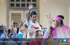 Masarifin Serahkan Dompet dan Isinya ke Sandiaga, Wouw! - JPNN.com