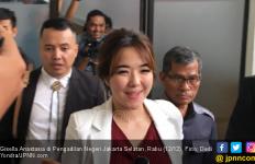 Duh, Gisel Sendirian Lagi Jalani Sidang Cerai - JPNN.com