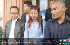 Adik Beber Penyebab Pertengkaran Angel Lelga dan Vicky - JPNN.com