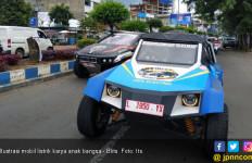 Alami Kecelakaan, Mobil Listrik Blits Tetap Lanjutkan Misi - JPNN.com