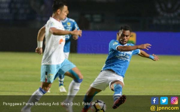 Bintang Persib Bandung Kaget Masuk Timnas Indonesia - JPNN.com