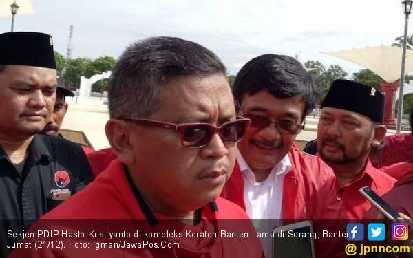 Doa & Asa Safari Politik PDIP di Makam Sultan Ageng Banten - JPNN.com