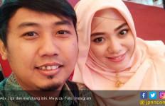 Innalillahi, Istri Ade Jigo Jadi Korban Tsunami Anyer - JPNN.com