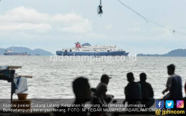 Saat Tsunami Menerjang, Slamet Sedang di Tengah Laut - JPNN.com