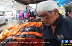 Kontainer Pendingin untuk Jenazah Didatangkan ke Pandeglang - JPNN.com