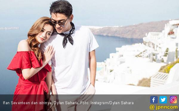 Kangen, Ifan Seventeen Sambangi Makam Dylan Sahara - JPNN.com
