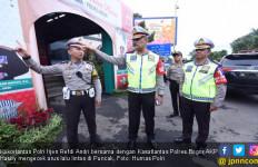 Lancarkan Arus Lalu Lintas di Puncak, Polri Terapkan One Way - JPNN.com