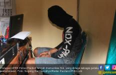 Bunga Menangis, Yok Kabur sambil Bawa Parang - JPNN.com