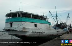 Rampdoor KMP Nusa Putera Patah di Pelabuhan Bakauheni - JPNN.com