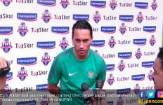 Ezra Walian Latih Anak-anak Seleksi Gothia Cup 2019 di Bogor - JPNN.com