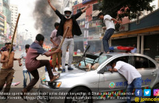 Massa Petahana dan Oposisi Bentrok, 10 Tewas - JPNN.com