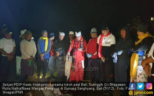 Gunung Sanghyang, Kisah Soekarno dan Doa Mulia Hasto - JPNN.com