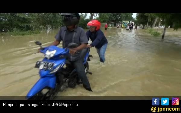 Air dari Bendung Katulampa Tumpah, Jakarta Dikepung Banjir - JPNN.com
