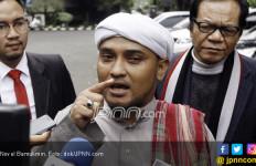 Anggap Puisi Neno Dahsyat, Habib Novel Sebut Pemrotesnya Sesat - JPNN.com