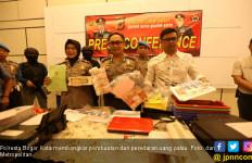 Uang Palsu di Bogor, 75 Persen Mirip dengan yang Asli - JPNN.com