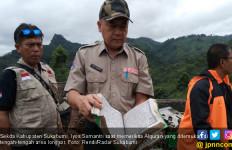 Alquran dan Jenazah yang Utuh di Timbunan Longsor Sukabumi - JPNN.com