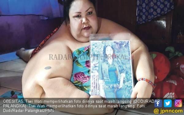 Jebol Pintu & Dinding demi Keluarkan Wanita Tergemuk Kalteng - JPNN.com