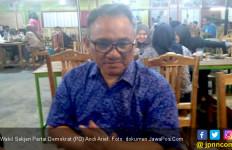 Siapa Wanita Bersama Andi Arief? Ini Kata Polisi - JPNN.com
