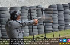 Kepala Bakamla Uji Coba Senjata Api - JPNN.com