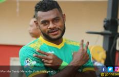 Lawan PSS Sleman, Madura United Terancam Tanpa Marckho Meraudje - JPNN.com