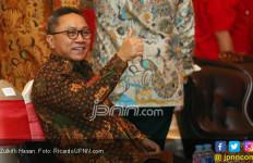 Silaturahmi Plus - Plus Antara Jokowi dan Zulkifli Hasan - JPNN.com