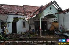 Dihantam Puting Belung, Kabupaten Bandung Tanggap Darurat - JPNN.com