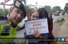 Bripka Willy Melakukan Penilangan Aneh, Videonya Viral - JPNN.com