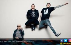 Blink-182 Nyaris Jadi Korban Penembakan Massal di Texas - JPNN.com