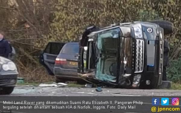 Kapok Berkendara, Suami Ratu Elizabeth Serahkan SIM ke Polisi - JPNN.com