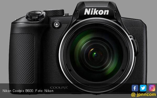Nikon Rilis Dua Kamera dengan Lensa Zoom Terjauh - JPNN.com