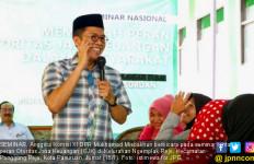 Ikhtiar Misbakhun dan OJK Cegah Warga Desa Tertipu Investasi Bodong - JPNN.com