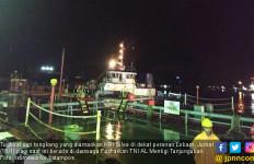 KRI Silea 858 Amankan Tongkang Bermuatan 3.600 KL BBM - JPNN.com