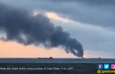Tragedi di Laut Hitam, Dua Tanker Terbakar saat Transfer Minyak - JPNN.com
