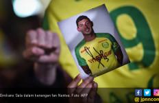 Kabar Baik, Puing dari Pesawat yang Membawa Emiliano Sala Ditemukan - JPNN.com