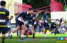 Arema FC vs Persipura: Tamu Sedang Terluka Parah - JPNN.com