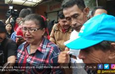 Pendukung di Depan Mako Brimob Terharu Dengar Ahok Sudah di Rumah - JPNN.com