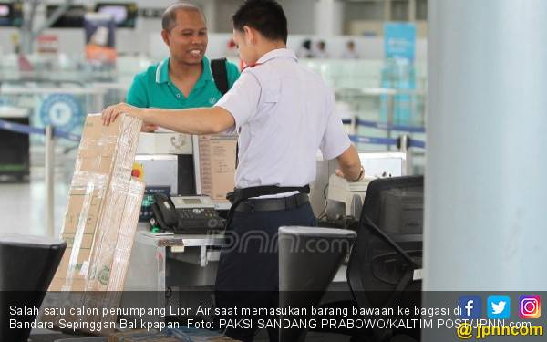 Kaget Harus Bayar Bagasi Rp 884 Ribu, Ada yang Bongkar Tasnya - JPNN.com