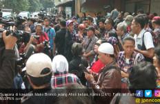 Frida Rela Bermalam di Depok Menunggu Ahok Bebas - JPNN.com