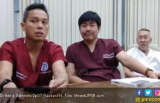 Bedah Cedera Olahraga Cukup3 Sayatan Selubang Kancing - JPNN.com