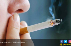 Merokok Saat Buka Puasa? Ini 7 Efeknya bagi Kesehatan - JPNN.com