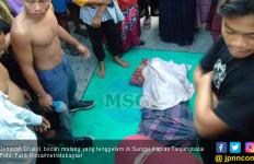 Ibu Histeris Lihat Anaknya Tewas: Oh Anakku, Maafkan Mamak, Nak! - JPNN.com