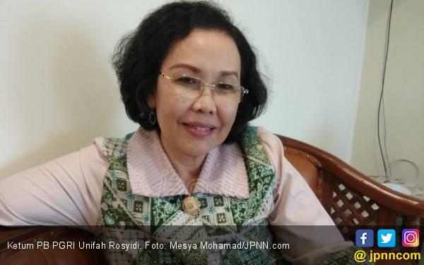 Hubungan Kuasa Hukum Guru Honorer dengan Ketum PGRI Makin Panas - JPNN.com