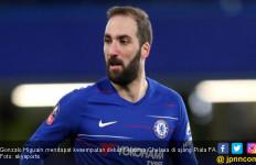 Hasil Babak Keempat Piala FA: Higuain Debut, Chelsea Menang, Spurs Tersingkir - JPNN.com