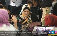 Jalani Sidang Putusan, Ahmad Dhani Ditemani Anak dan Istri - JPNN.com