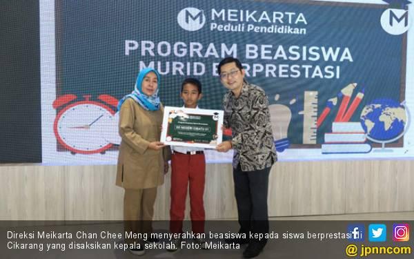 Meikarta Beri Beasiswa Kepada Siswa Berprestasi di Cikarang - JPNN.com