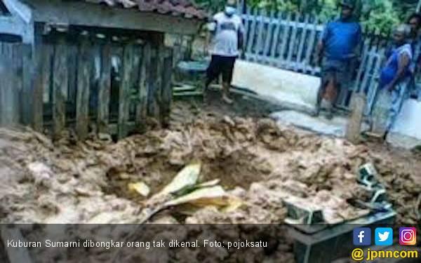 Warga Muratara Geger, Kuburan Sumarni Dibongkar Orang tak Dikenal - JPNN.com