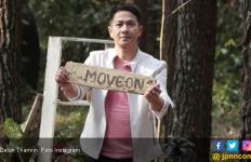 Delon Ogah Undang Yeslin Wang di Pesta Pernikahannya? - JPNN.com