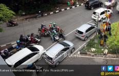 Akibat Berbuat Terlarang, 2 Pemuda di Bekasi Tewas Ditabrak Mobil Boks - JPNN.com
