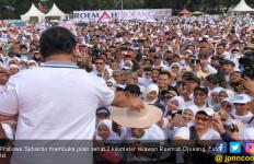 Prabowo: Ternyata Emak-Emak Ini Keras Tangannya - JPNN.com